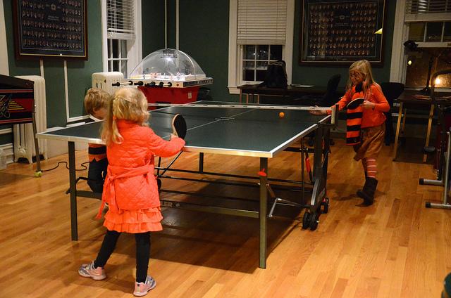 買那些乒乓球拍給初學小朋友好?(上)(Image courtesy of Joe Shlabotnik at Flickr.com)