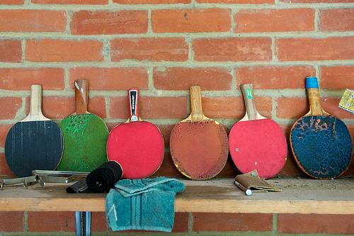 買乒乓球拍的三項基本原則 (Image courtesy of humbert15)