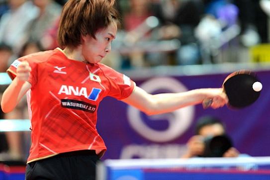 石川佳純對李皓晴之問題球,有趣乒乓球比賽規則你會嗎? (Photo Source: mon_cha_cha of ishot.hk)