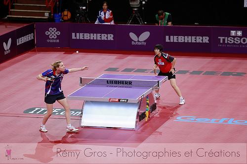 乒乓球選手的發球站位,為何總在球枱角落?(Image courtesy of Remy Gros at Flickr)